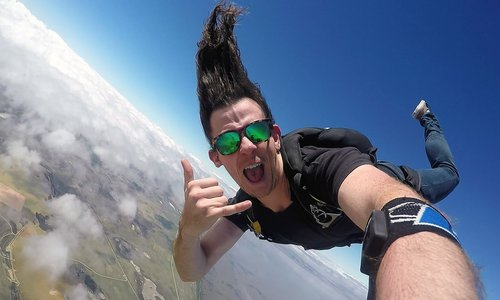 SA Skydiving jumps on board to support charities.