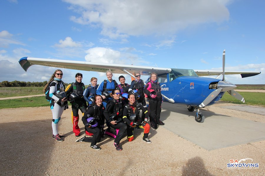 SA Skydiving | Adelaide | Articles | Ladies Learn To Fly 2017